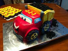 Chuck+and+friends+birthday+cakes | Chuck The Truck Cake — Children's Birthday Cakes