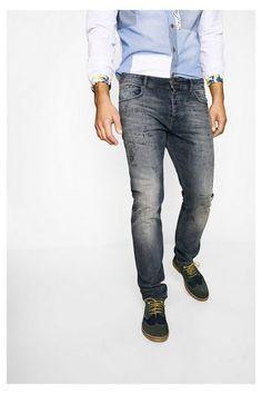Jeans Goria Desigual. Descobre a coleção primavera/verão 2017!