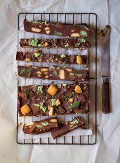 Chocolate peppermint crisp fridge cake