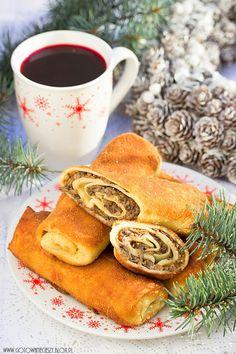 What to prepare for the Polish Christmas Eve (Wigilia) – Lamus Dworski Christmas Food Ideas For Dinner, Christmas Eve Games, Christmas Eve Pictures, Christmas Eve Dinner, Christmas Recipes, Xmas, Polish Christmas, Gastronomia, Gourmet