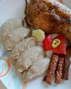 Δηλώνω εθισμένη  στον πουρέ μελιτζάνας !  . . . #diaryofabeautyaddict #elbeautythings #foodphoto #foodphotography #chicken #eggplant #puree #foodblogger #food #instafood #greekblogger #instablogger #bloggerslife #dukandiet #dukan