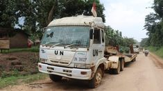 UD Trucks Semi Trailer Lowbed United Nations, Saksi Bisu Gugurnya Serma Rama Wahyudi Di Kongo Semi Trailer, North Korea, Jakarta, Asia, The Unit, Trucks, Japan, Truck, Japanese