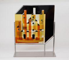 Glaskunst sculptuur: L.A.T., Wall Art Designs, Fused Glass, Latte, Glass Art, Kitchen Appliances, Abstract, Art Walls, Diy Kitchen Appliances, Summary
