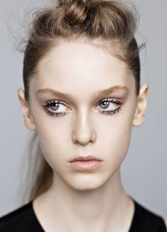 enchanting mascara stains #beauty