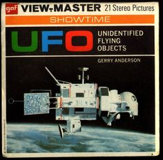 The Vault of Retro Sci-Fi - Gerry Anderson (Thunderbirds) Ah! I had that one as a kid! (I wonder if I still do? Ufo Tv Series, View Master, Comic Panels, Old Ads, Retro Futurism, Vaulting, Vinyl Records, Nostalgia, Sci Fi