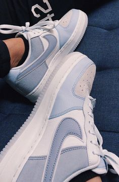 From the court in to today's fashion scene, the Air Force 1 continues to revolutionize sneaker culture. Find the latest Air Force 1 styles at Nike. Dr Shoes, Cute Nike Shoes, Swag Shoes, Cute Nikes, Cute Sneakers, Nike Air Shoes, Hype Shoes, Casual Sneakers, Sneakers Fashion