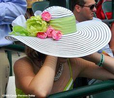 2009 Kentucky Derby and Oaks Hats Kentucky Derby Fashion, Kentucky Derby Hats, Derby Outfits, Run For The Roses, Derby Day, Derby Time, Tea Party Hats, Tea Parties, Fancy Hats
