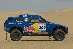 Volkswagen Race Touareg 3 High Resolution Image (2 of 18)