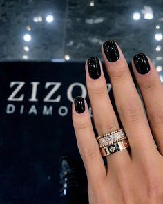 May 2020 - black nails short - black nails ; black nails with glitter ; black nails with rhinestones ; Short Gel Nails, Long Nails, Black Nails Short, Short Nails Art, Hair And Nails, My Nails, Black Nail Art, New Nail Art, Dark Nails