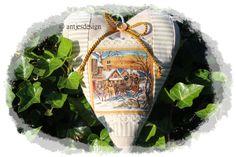 """Weihnacht Herz Schlittenfahrt VintageStyle Shabby von Antjes Design auf DaWanda.comDas nostalgisches Weihnachtsherz mit """"Versteck"""" (kleine Tasche für ...) ist sowohl ein nettes Mitbringsel als auch eine wunderschöne Deko fürs eigene Heim."""