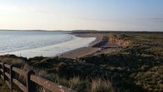 La belle plage de Rosses Point en Irlande !   #rossespoint #beach #plage #ireland #irlande #alainntours #sligo   © Esordel Les Suffragettes, Prison, Les Cascades, Point, Country Roads, Beach, Water, Outdoor, Walled Garden