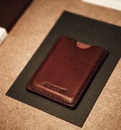 09dbac6810cd 491 meilleures images du tableau Cuir en 2018   Leather craft ...