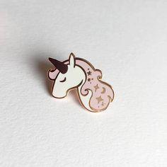 Unicorn Enamel Pin - Lapel Pin - Pink, White and Copper Unicorn by TheMoonlitPress on Etsy Unicorn Party, Unicorn Birthday, Unicorn Dust, Unicorn Store, Unicorn Jewelry, Bag Pins, Unicorns And Mermaids, Jacket Pins, Cool Pins