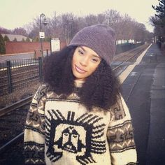 3500b25c059 Itsmyrayeraye I need a stretchy winter hat like that.ladies this is how to  wear a hat with big hair