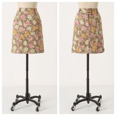 Hei Hei Sidewalk Garden Skirt Beautiful pencil skirt with soft yet fun floral print. Hei Hei (sold at Anthropologie!) Cotton twill in excellent condition. Anthropologie Skirts Pencil