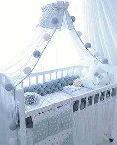 Braided bumper, set, baby bed bumper, 60 × 120 cm children's bed, 70 × 140 cm children's bed – Meike Wilhelm – baby room ideas - Modern Baby Room Diy, Baby Bedroom, Baby Boy Rooms, Baby Room Decor, Diy Baby, Baby Cot Bumper, Bed Bumpers, Baby Cribs, Baby Beds