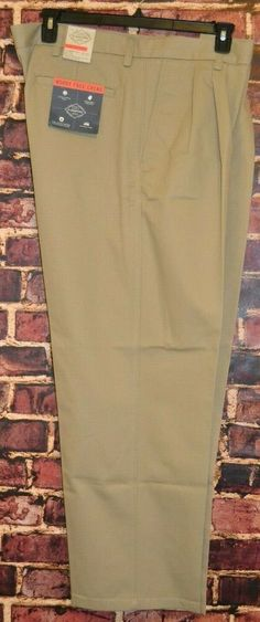 Mens St Johns Bay Classic Fit 42x30 Flat Front Chino Pants Worry Free Black New