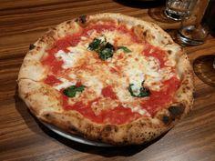 [I ate]Margarita pizza from Salvatore Cuomo in Daegu South...