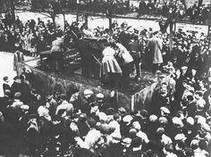 Vladimir Tatlin, desfile fúnebre Vladimir Mayakovsky para 1930