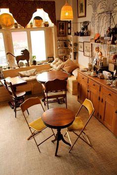 The Random Tea Room & Curiosity Shop