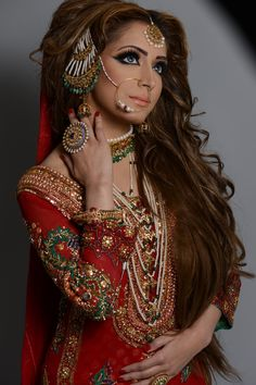 Naeem Khan. Stunning #Bride
