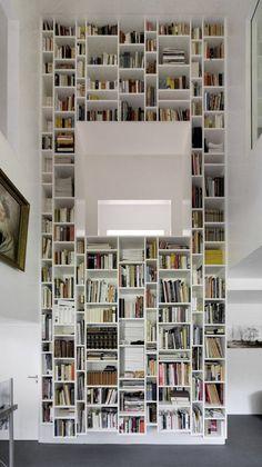 #bookshelves #livingroom #white #books Haws W / Kraus Schoenberg Architects
