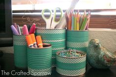 The Crafted Sparrow: Washi Tape Tin Cans. Rebecca knows her stuff. Now, if I can just discover what this washi tape is and make my own. Tin Can Diy Projects, Diy Washi Tape Projects, Washi Tape Crafts, Craft Projects, Craft Ideas, Washi Tapes, Masking Tape, Tape Wall Art, Decoupage