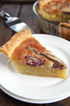 This delicious southern Almond Custard Pie is topped with juicy prune plums. The recipe can easily be adapted to use whichever fruit you love most! Tart Recipes, Fruit Recipes, Sweet Recipes, Dessert Recipes, Plum Frangipane Tart, Plum Tart, Sweet Pie, Sweet Tarts, Custard Cake Filling