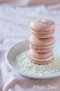 Strawberries & Cream Macarons   Tutti Dolci