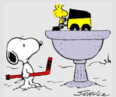 with a hockey stick and Woodstock on a Zamboni. ~~** as it should be **~~Snoopy with a hockey stick and Woodstock on a Zamboni. Snoopy Und Woodstock, Snoopy Love, Charlie Brown And Snoopy, Blackhawks Hockey, Hockey Mom, Hockey Stuff, Funny Hockey, Chicago Blackhawks, Hockey Party