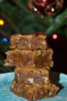 ... Brown Butter Toffee Pecan Blondies - Both brown butter AND toffee