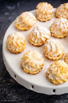 Choux a la creme cu mascarpone și șerbet de trandafiri Creme, Muffin, Cookies, Breakfast, Desserts, Food, Mascarpone, Creamed Cabbage, Pie