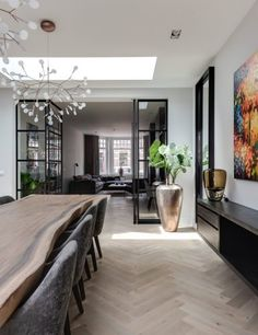Moderne notariswoning - Hoog ■ Exclusieve woon- en tuin inspiratie. Modern Home Interior Design, Interior Design Living Room, Minimalist Home Interior, Modern Kitchen Design, Home Living Room, Living Room Decor, Dining Room Design, Dining Rooms, Interiores Design
