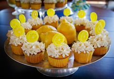 Cute cupcakes For A Lemonade Stand