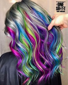 here is another entry for your awards! Bt … You are in the right place about rainbow hair light Here we offer you the most beautiful pictures about the rainbow hair brown you are looking for. When you examine the here is another entry for your awards! Funky Hairstyles, Pretty Hairstyles, Vintage Hairstyles, Unicorn Hair Color, Underlights Hair, Pretty Hair Color, Fashion Mode, High Fashion, Purple Hair