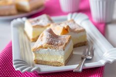NADÝCHANÉ MRAKY NA PLECH - Inspirace od decoDoma Banquet, Vanilla Cake, Cheesecake, Sweets, Candy, Desserts, Food, Basket, Kuchen