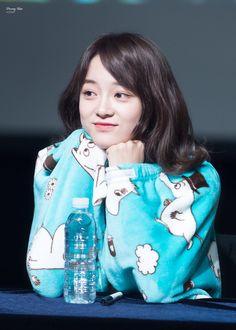 170312 - Kim Sejeong @ Jongro Fansign Event (cr.PassingRain0828) | Twitter