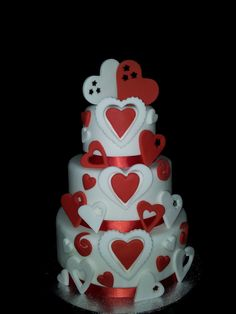 wedding/valentine/engagement cake