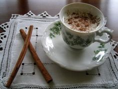 Salep: a traditional Turkish hot drink made from endangered wild orchids. This product can not be exported because the population of the wild orchid is monitored. The same ingredient is also in Turkish ice cream, Dondurma. Greek Dinners, Cinnamon Recipes, Turkish Delight, Coffee Latte, Coffee Shop, Middle Eastern Recipes, Turkish Coffee, Iftar, Turkish Recipes
