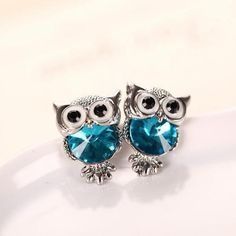 New Design Crystal Women Charms Owl Stud Earrings Cute Colors Fashion Jewelry White Gold Plated Trendy For Wedding Brincos 999 - FASHION BookFace - Leading Global Online Shopping Site Owl Earrings, Vintage Earrings, Crystal Earrings, Statement Earrings, Silver Earrings, Colar Fashion, Fashion Necklace, Fashion Jewelry, Jewelry Trends