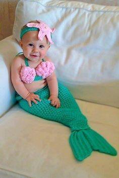 Cute crochet baby mermaid outfit