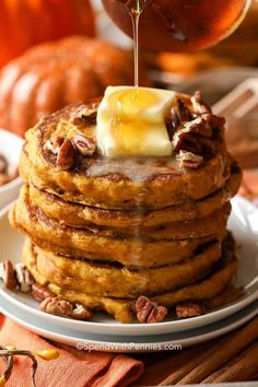 Pumpkin pancakes are fluffy with pumpkin purree, pumpkin pie spices & a hint of brown sugar & topped with real maple syrup. Perfect for brunch or breakfast. Pumpkin Recipes, Fall Recipes, Simple Recipes, Pumpkin Pancakes Easy, Oatmeal Pancakes, Homemade Pancakes, Fluffy Pancakes, Buttermilk Pancakes, Breakfast Pancakes