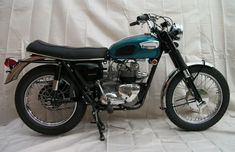 Triumph T100, Triumph Bonneville, Triumph Motorcycles, Motorcycle Baby, Aftermarket Parts, Motorbikes, Restoration, Two By Two, The Past