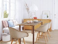 Esszimmer, Lampe, Leuchte, Stühle, Holz, Retro, Parkett, Holztisch,