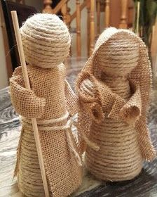 Creative Ideas and Practices: A rope nativity scene and jute burlap of the most . Burlap Crafts, Christmas Projects, Holiday Crafts, Christmas Nativity Scene, Nativity Crafts, Nativity Scenes, Sisal, Theme Noel, Rustic Christmas