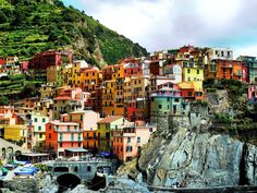 20+ Of The Most Stunning Cliff-Side Towns And Villages