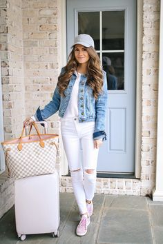 d5cd35814f 397 Inspiring White Jeans Outfits images in 2019