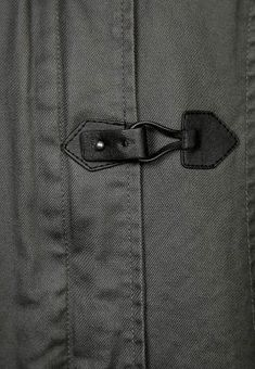 Chameo design inspiration_for more visit our free trend research area_ fashion-jacket-detail-textile-leather-black-stitches Material Design, Line Design, Fashion Details, Fashion Tips, Fashion Design, Fashion Trends, Fashion Websites, New York Fashion, Mens Fashion