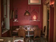 Pink Elephant: Το νέο ινδικό του κέντρου σερβίρει σε ένα νεοκλασικό του 1870 Σ' ένα σπίτι των Εξαρχείων σχεδιασμένο από τον Τσίλλερ, το εστιατόριο που ξεκίνησε από το Χαλάνδρι προσφέρει αρωματικά πιάτα της αυθεντικής ινδικής κουζίνας.