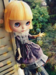 OOAK Blythe doll Simply Mango, Clara from « Il était une fois... »